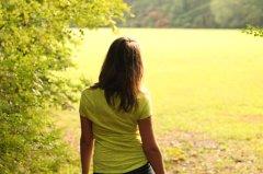 jess_walking_away_by_raiyel-d5i0jns
